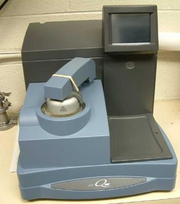 Differential Scanning Calorimeter (TA Instruments Q100)