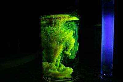 This is an example of UV responsive material in a liquid. (Wikipedia)